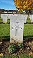 Cimetière militaire britannique de Ranville - Tombe d'Anthony Du Bourg Denman.jpg
