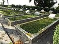 Cmentarz w Stopnicy. Groby żołnierzy armii radzieckiej poległych w walkach na przyczółku baranowsko-sandomierskim w latach 1944-1945.jpg