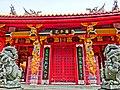 Confucian Shrine main gate - panoramio.jpg