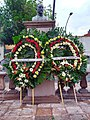 Conmemoración en el monumento a I. Madero, Querétaro.jpg