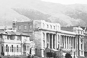 Parliament House, Wellington - Image: Corner of Bowen Street and Lambton Quay, circa 1929 (cropped)