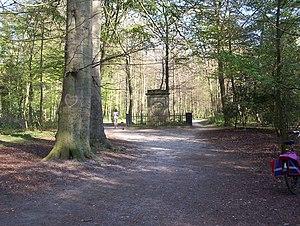 Haarlemmerhout - Image: Coster monument Haarlem