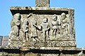 Croix de cimetière (détail 2) - Questembert.jpg