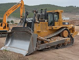 Caterpillar D10 - Wikipedia