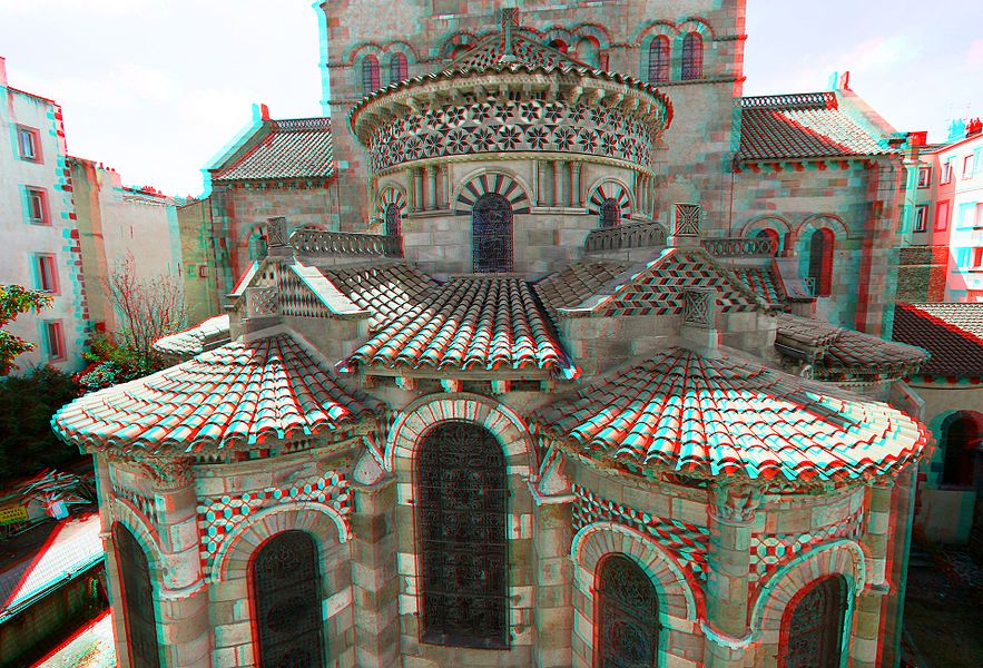 Chevet of the Notre-Dame-du-Port Basilica (Clermont-Ferrand France), stereoscopic anaglyphic view from belvedere view-point.