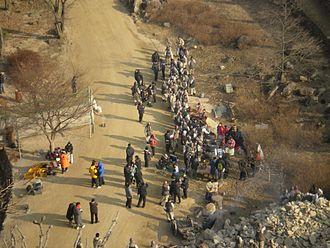 Dae Jo Yeong (TV series) - Dae Jo-yeong being filmed at Mungyeong Saejae