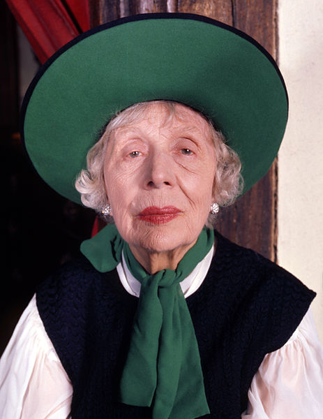 File:Dame Edith Evans 6 Allan Warren.jpg