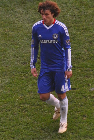 David Luiz - David Luiz playing for Chelsea in 2011
