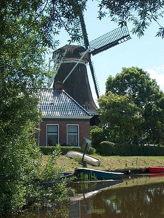 Holwerd - Image: De Hoop molen Holwerd 01