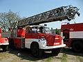 Den otevřených dveří v Řečkovicích, výstava hasičských vozů a techniky (19).jpg