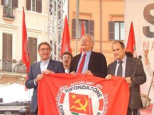 Diliberto, Salvi e Ferrero cantano l'Internazionale all'inaugurazione della campagna elettorale della Lista Comunista Anticapitalista