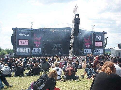 Just before Escape the Fate's set on the main stage at Download Festival 2011 Download2011.JPG