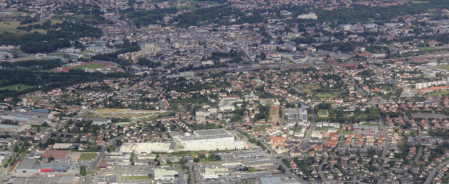 Vue aérienne de la ville de Dreux