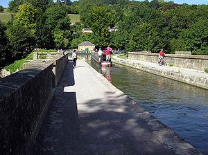 Limpley Stoke - Image: Dundas.aqueduct.3008 05.arp