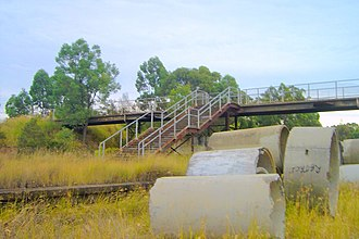 Ropes Creek railway line - The remains of Dunheved station in 2006