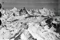 ETH-BIB-Dent Blanche - Matterhorn - Weisshorn von S.O. aus 4800 m Höhe-Mittelmeerflug 1928-LBS MH02-05-0145.tif