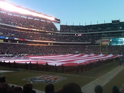 "Full house at ""The Linc"" for a playoff game in January 2011 Eagles Packers Jan 9, 2011.jpg"