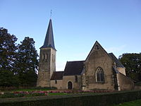 Eglise Saint-Léonard des Hayes.JPG