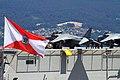 "El ""Juan Carlos I"" L-61 zarpa de Vigo (48180932156).jpg"