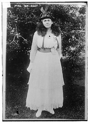 William Kent (American politician) - Elizabeth Thacher Kent (1868-1952) in 1916