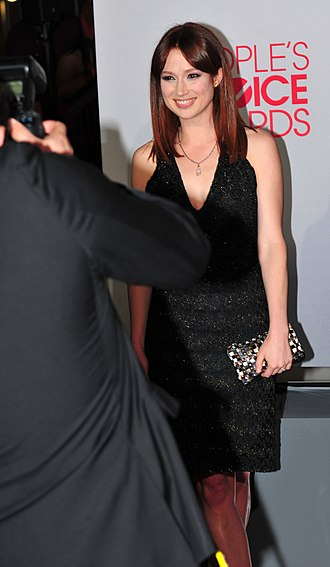 Ellie Kemper - Kemper on the red carpet at the 38th People's Choice Awards on January 11, 2012