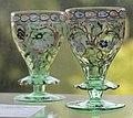 Emile Gallé - Deux verres à collerette, décor de rinceaux.jpg