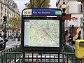 Entrée Station Métro Rue Boulets Paris 2.jpg