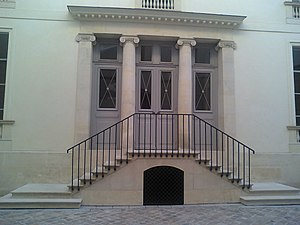 Rue de la Chaussée-d'Antin - General Moreau hôtel entrance