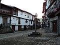 Entrada a Mogarraz y Cruz del Humilladero.jpg