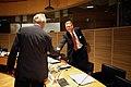 Erkki Tuomioja, president Nordiska radet halsar Matti Vanhanen, Finlands statsminister vid ett mote under Nordiska radets session i Helsingfors 2008-10-28.jpg