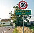 Eyersheimer Hof mit Ortsschild 3.JPG