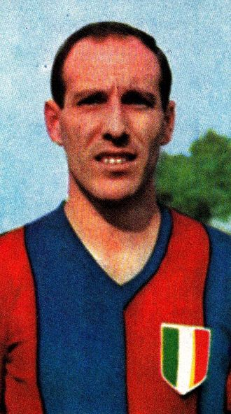 Ezio Pascutti - Pascutti with Bologna in the 1964–65 season