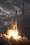 Falcon 9 Thaicom 6 liftoff (4).jpg