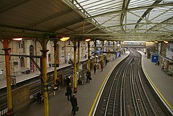 Farringdon station MMB 01.jpg