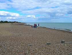 Ferring Beach - geograph.org.uk - 892871.jpg