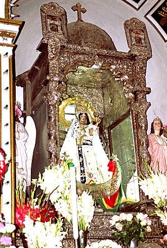 Virgen de Copacabana - Original statue of the Virgen de Copacabana in the Basilica