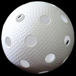En gulvboldbold med sine karakteristiske 26 huller.