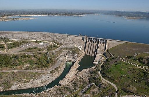 Folsom Dam USACE 2004