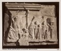 Fotografi av relief föreställande Asklepios och hans familj i templet - Hallwylska museet - 103076.tif