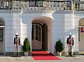 Fotos Palacio de Grassalkovich - Bratislava - República Eslovaca (7091103771).jpg