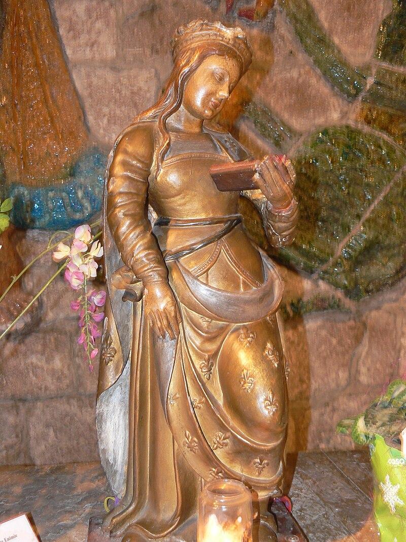 Statue av den hellige Ennata i kirken i Sainte-Enimie