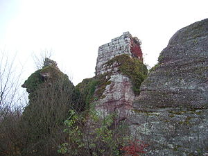 Château du Grand Ringelstein - Ruins of the pentagonal keep of the Château du Grand Ringelstein