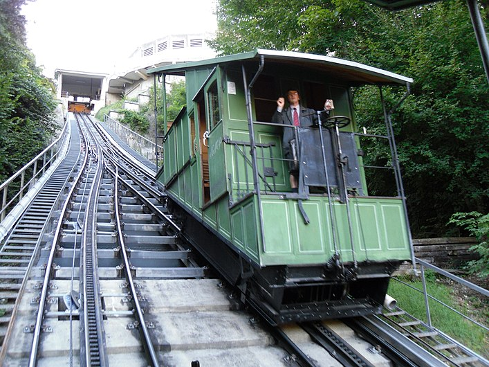 Funiculaire de Fribourg - 2010-08-25-42.jpg