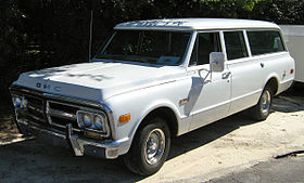 GMC Suburban white single drivers side door 1968-72.jpg