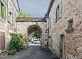 Gate in Saint-Pierre-Toirac.jpg