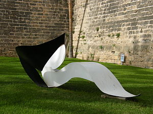 George Sugarman -  Black and White Horizontal (1993/99), by George Sugarman. Palma de Mallorca/Spain