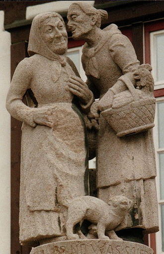 Sindelfingen - Statue of gossips in the Altstadt of Sindelfingen