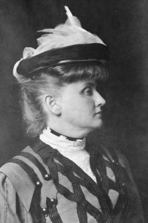 Gertrude Atherton - Gertrude Atherton, ca. 1904