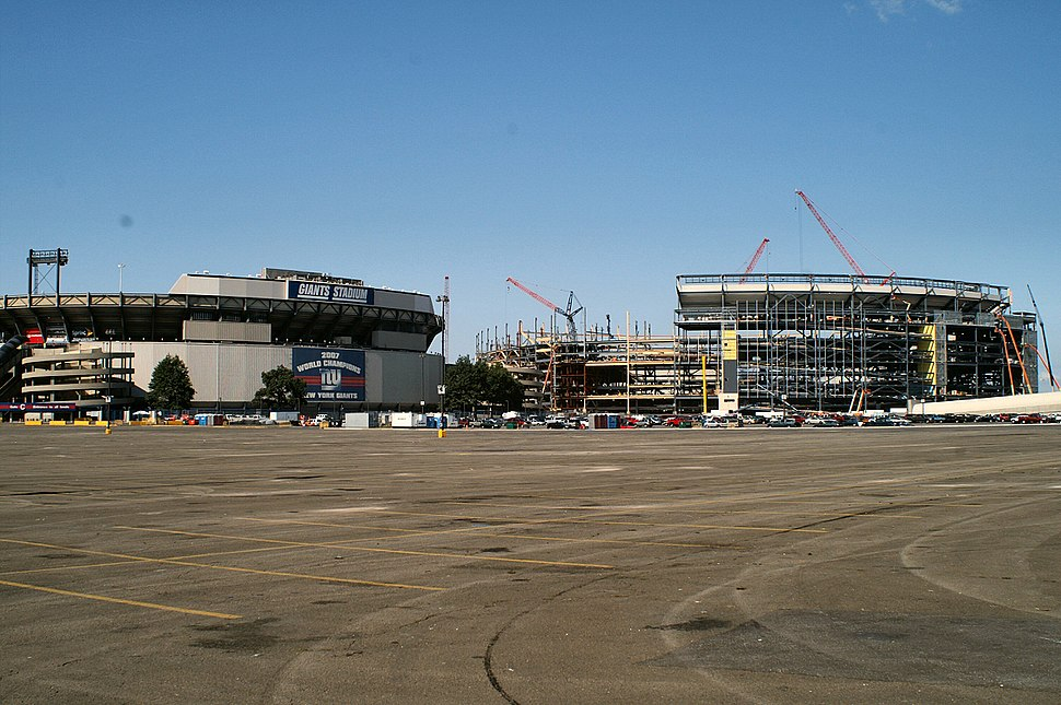 Giant's Stadium Old and New
