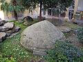 Giardino del museo archeologico, cippo a scudo di vetulonia.JPG